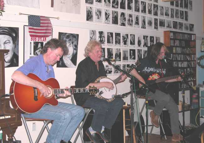 Acoustic Strawbs in America